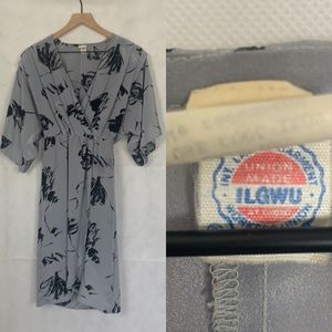 Vintage union made 60s 70s floral midi dress gray